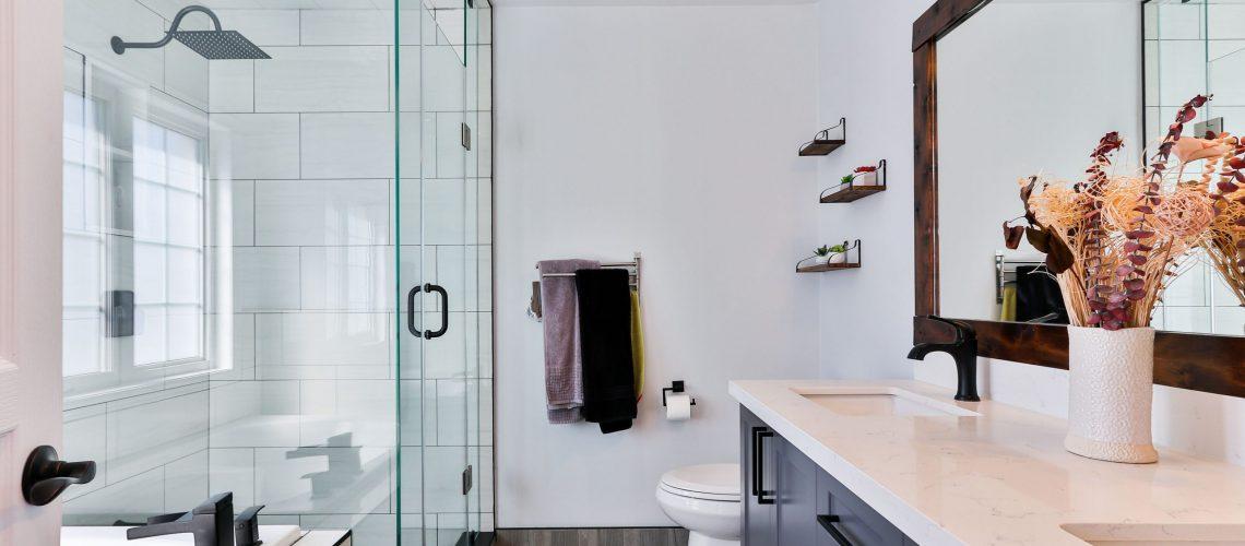 Bathroom need a plumber